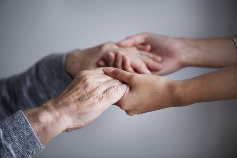 Firma Ejjob obecnie poszukuje opiekunek i opiekunów na zlecenia w okresie letnim